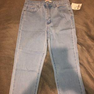 Light wash skinny jeans.